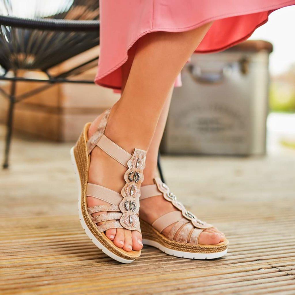 Sandale na punu petu sa elastičnim trakicama