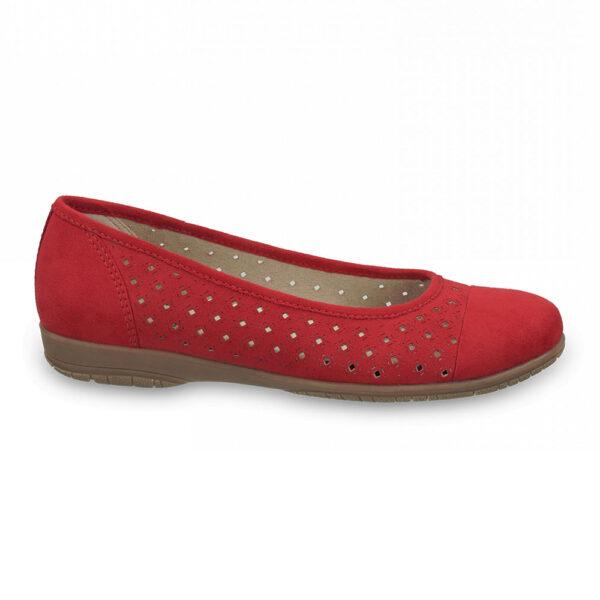 rupičasta ženska cipela