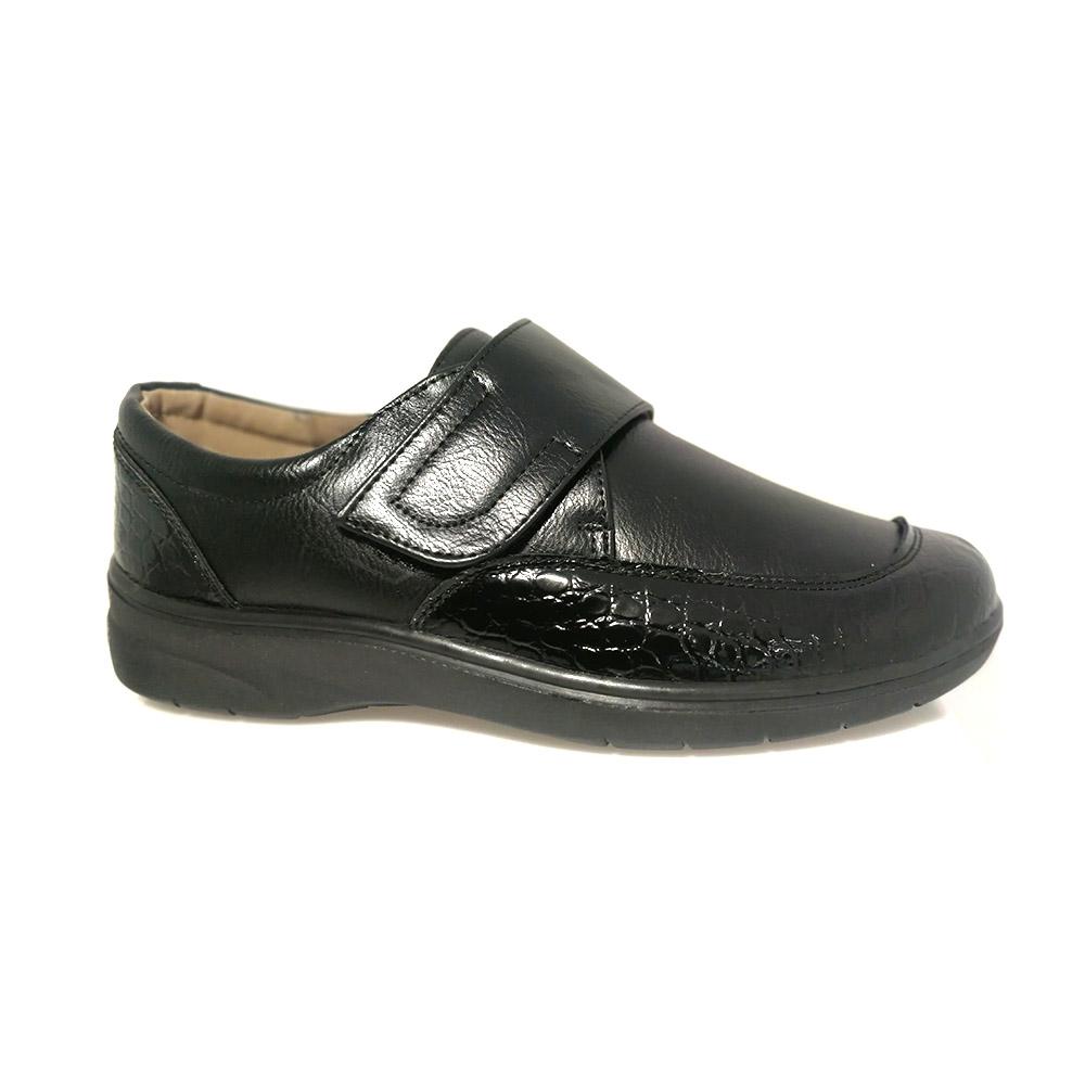 ženska crna cipela čičak