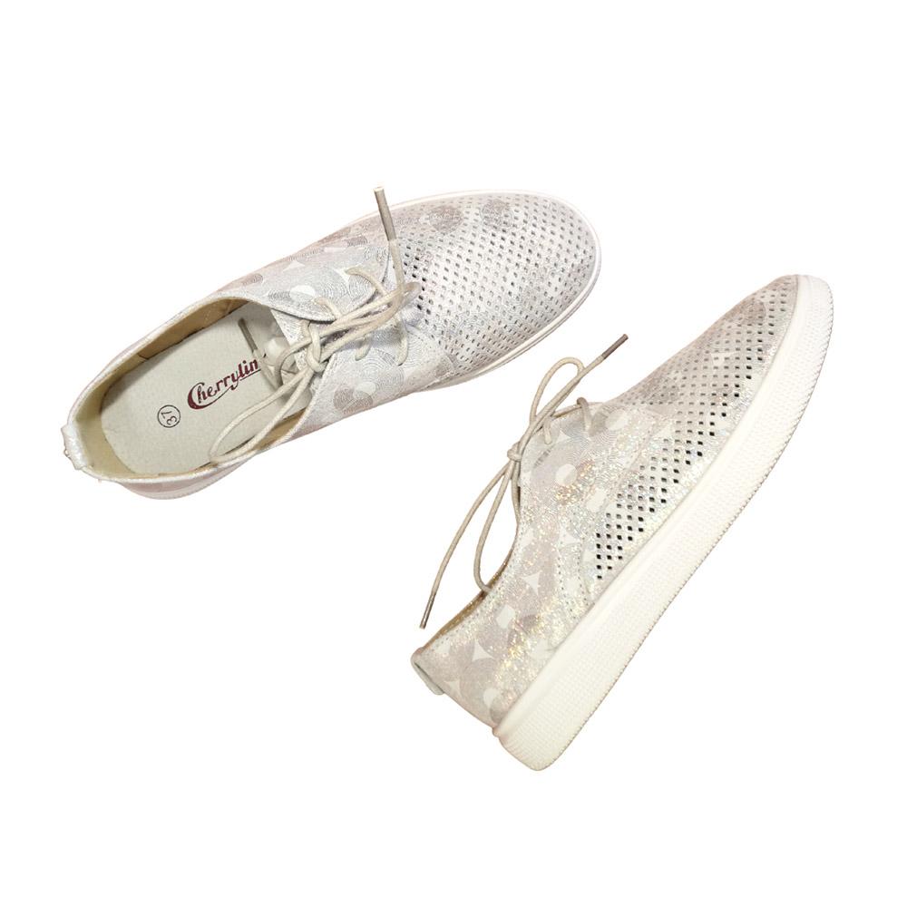 ženska sportska cipela